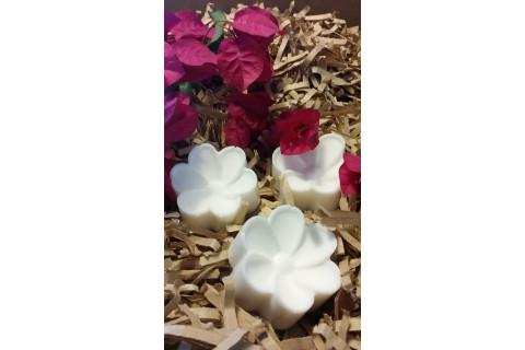 White Daisy Flower Soap